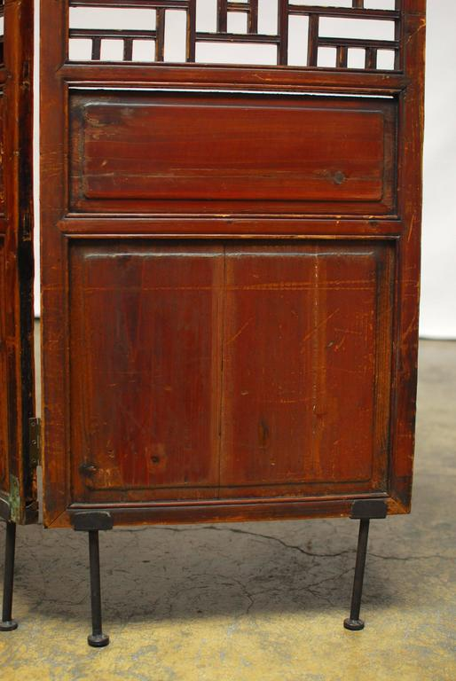 19th Century Chinese Lattice Panel Screen In Good Condition For Sale In Rio Vista, CA
