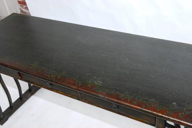 Art Deco Chinese Lacquered Desk with Serpentine Legs For Sale