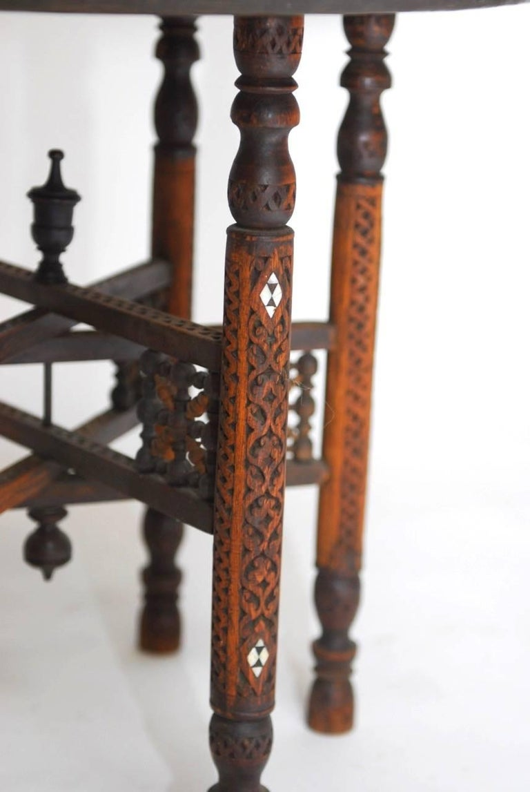 Pair of Moroccan Brass Tray and Wood Drink Tables For Sale 2