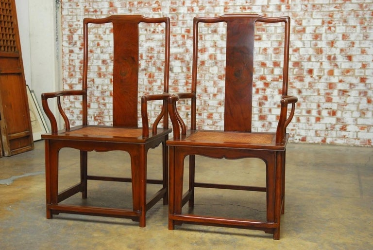 Pair of Chinese Ming Style Guanmaoyi Official's Armchairs In Excellent Condition For Sale In Oakland, CA