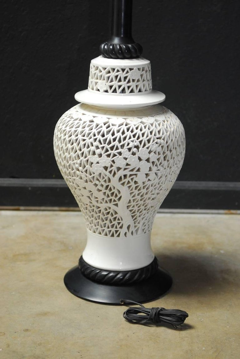 Large Midcentury Blanc De Chine Porcelain Jar Table Lamp For Sale 1