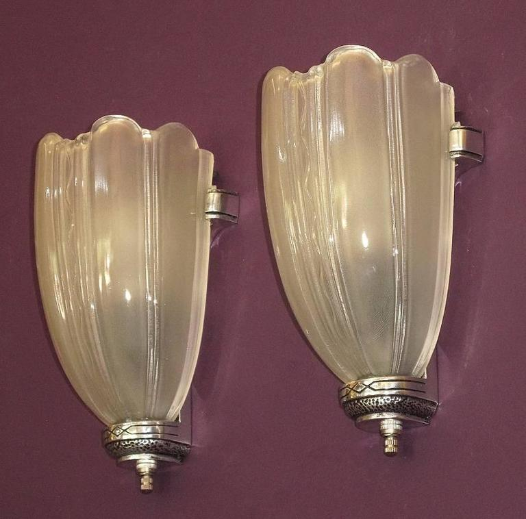 Wall Sconces Deco : 1930s Deco Wall Sconces at 1stdibs