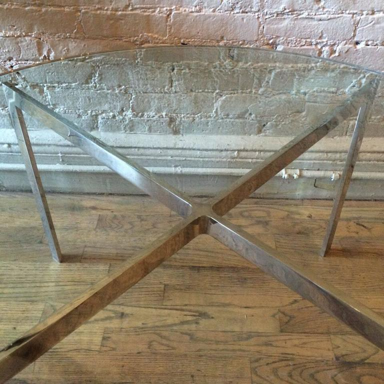 Chrome X-Base Coffee Table with Green Glass Top In Good Condition For Sale In Brooklyn, NY