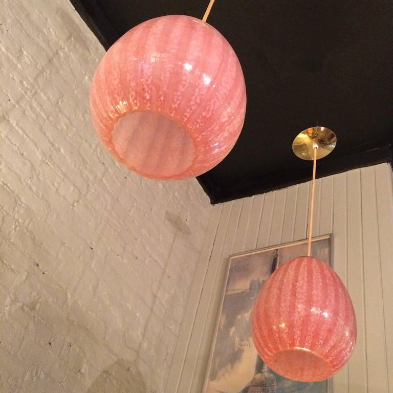 Mid-20th Century Pair of Hollywood Regency Blown Glass Pendant Lights For Sale