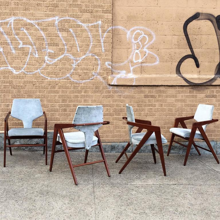 Mid-Century Modern Compass Chairs by Cornelis Zitman for Tecoteca, Furniture Hotel Humbold For Sale