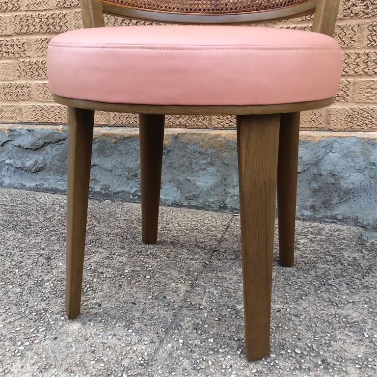 Swivel Vanity Chair by Edward Wormley for Dunbar In Excellent Condition For Sale In Brooklyn, NY