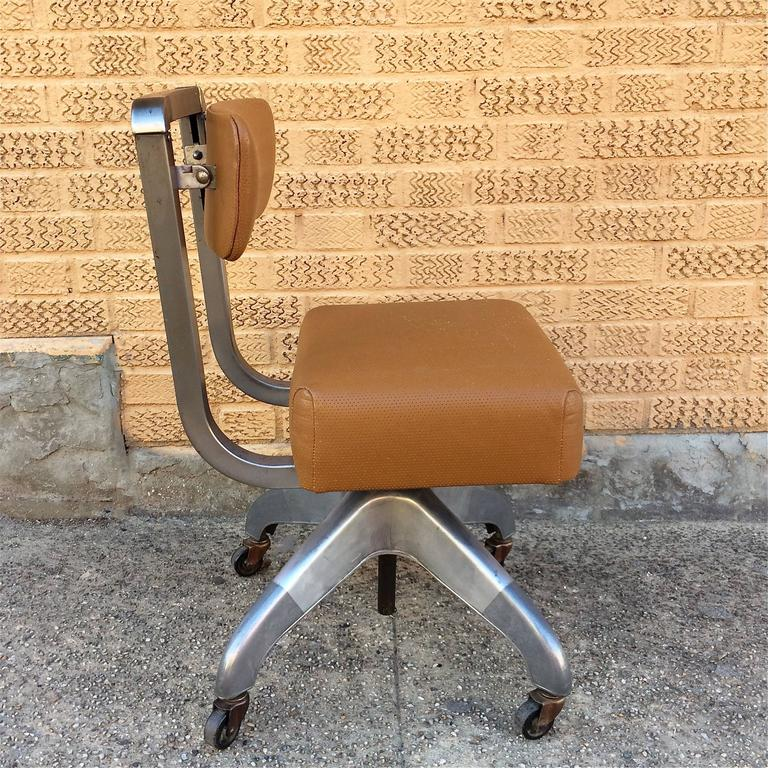 Mid Century Modernist High Back Or Desk Chair W New: Mid-Century Leather Upholstered Rolling Office Desk Chair