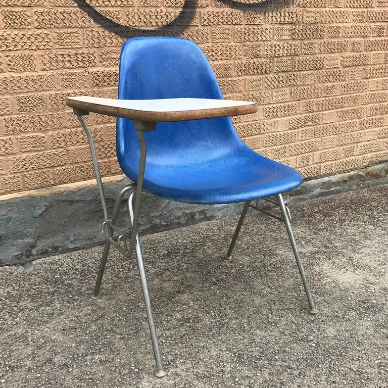 Herman Miller Eames DSS Fiberglass Side Chairs with Desk Attachments 5
