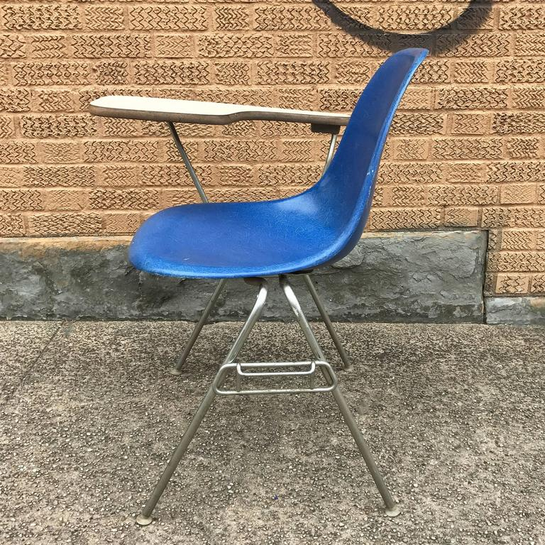 Herman Miller Eames DSS Fiberglass Side Chairs with Desk Attachments 8