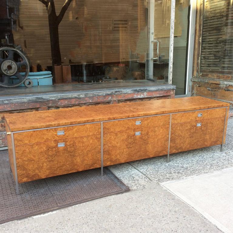 Mid-Century Modern Rare Gordon Bunshaft SOM Architect Floating Burl Olive Wood Credenza For Sale