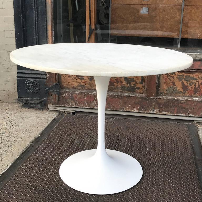 Eero Saarinen Tulip Base Dining Table With White Carrara