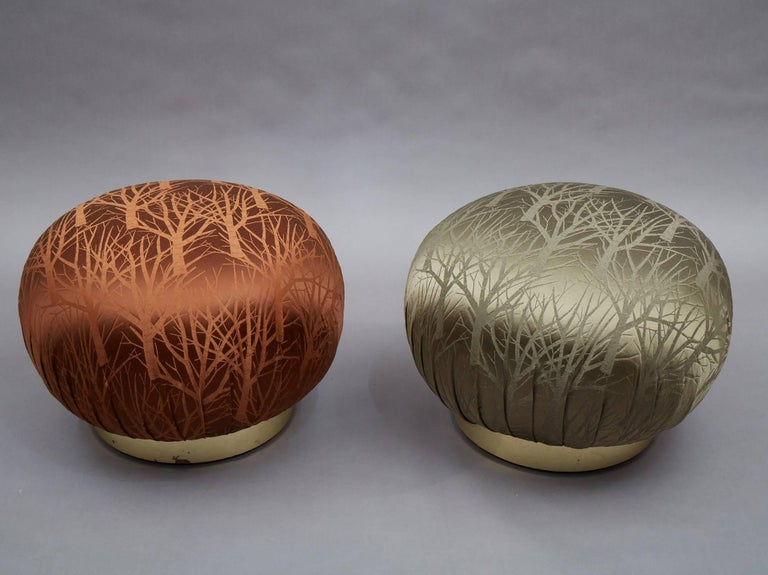 Mid-Century Modern Pair of Round Souffle Swivel Pouf Ottomans in the Manner of Karl Springer For Sale