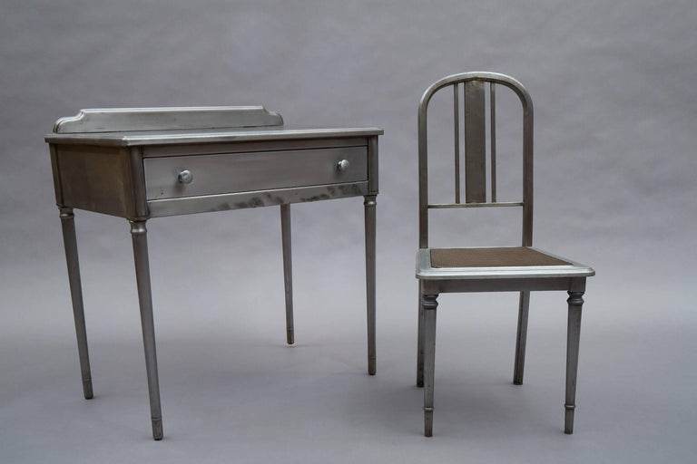 Industrial Brushed Steel Simmons Sheraton Series Vanity Desk Set In Excellent Condition For Sale In Brooklyn, NY