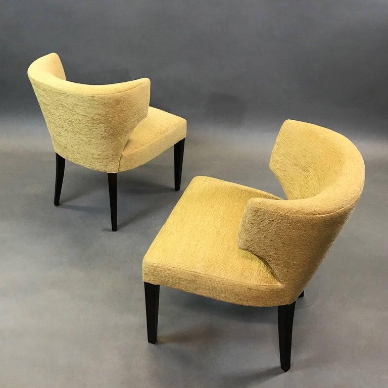 American Pair of Hollywood Regency Upholstered Klismos Slipper Chairs For Sale