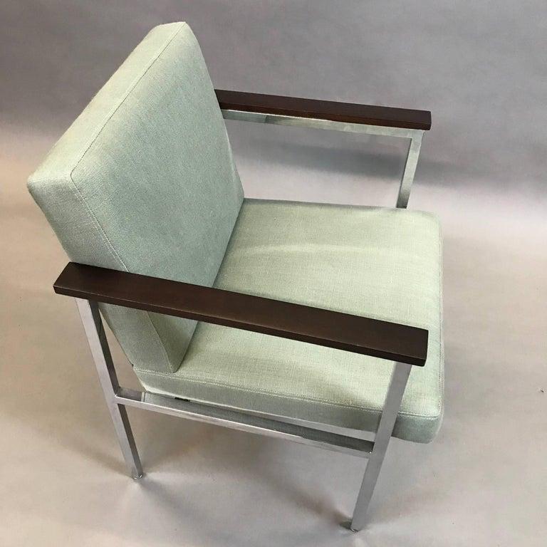 Mid-Century Modern Upholstered Chrome Armchair For Sale 1