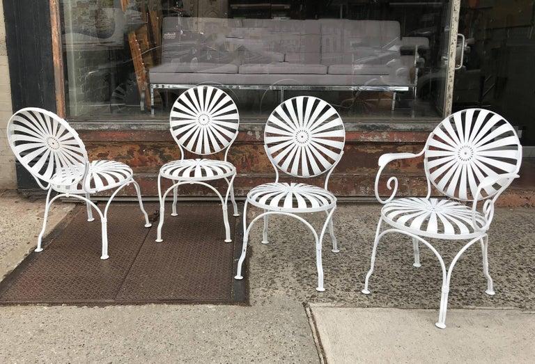 French Art Deco Francois Carré Wrought Iron Sunburst Outdoor Patio Chair  Set For Sale - Art Deco Francois Carré Wrought Iron Sunburst Outdoor Patio Chair