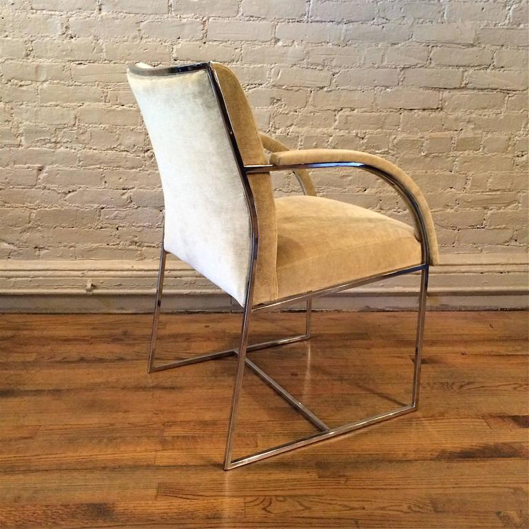 Mid-Century Modern Chrome Armchairs in the Style of Milo Baughman For Sale 1