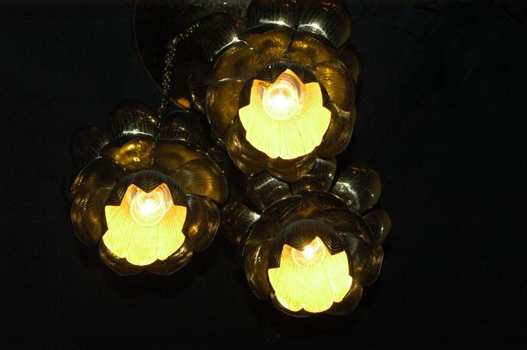 Feldman Lighting Co. Mid-Century Lotus Pendant Chandelier In Excellent Condition For Sale In Brooklyn, NY
