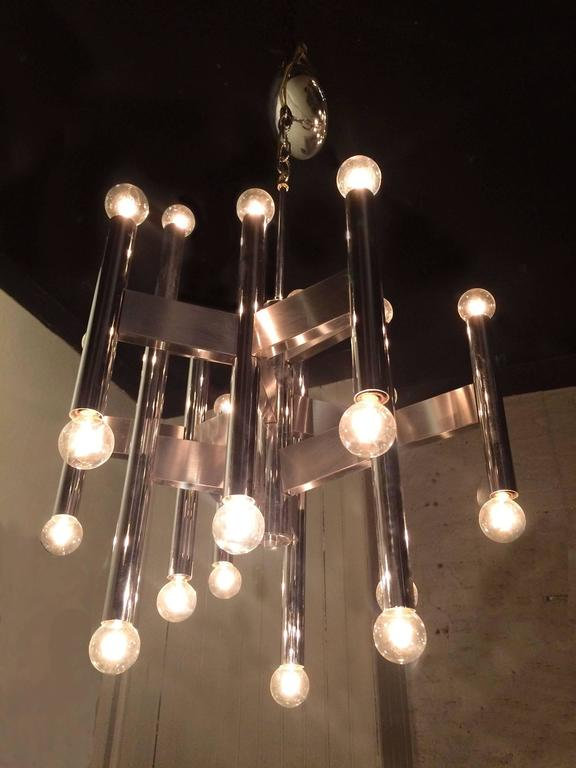 Chrome Modernist Chandelier Attributed to Sciolari In Excellent Condition In Brooklyn, NY