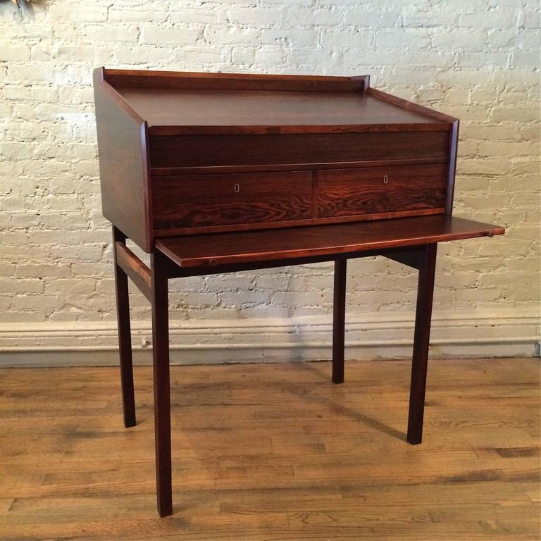 Danish rosewood architects desk for sale at 1stdibs for Architecte desl definition