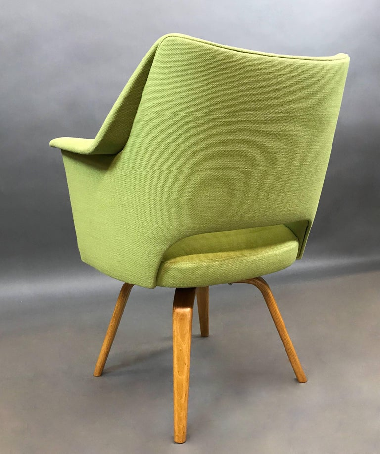 American Mid-Century Modern Upholstered Swivel Armchair by Thonet For Sale