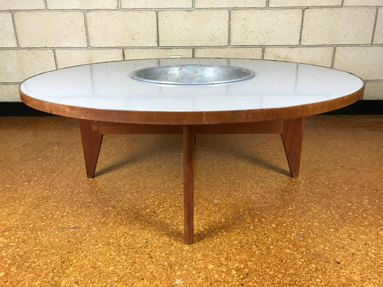 Charming Mid Century Modern Rare Early Transitional George Nelson Round Coffee Table  With Planter For Sale