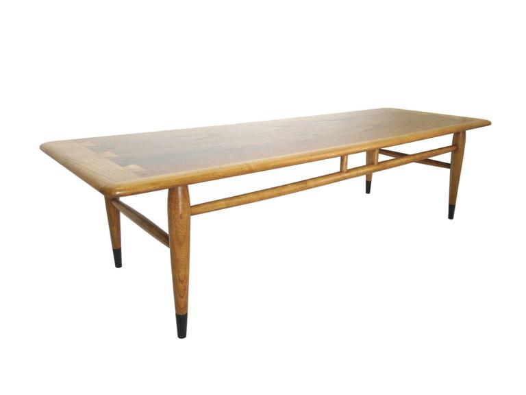 Mid-Century Ash and Walnut Coffee Table by Lane 3 - Mid-Century Ash And Walnut Coffee Table By Lane For Sale At 1stdibs