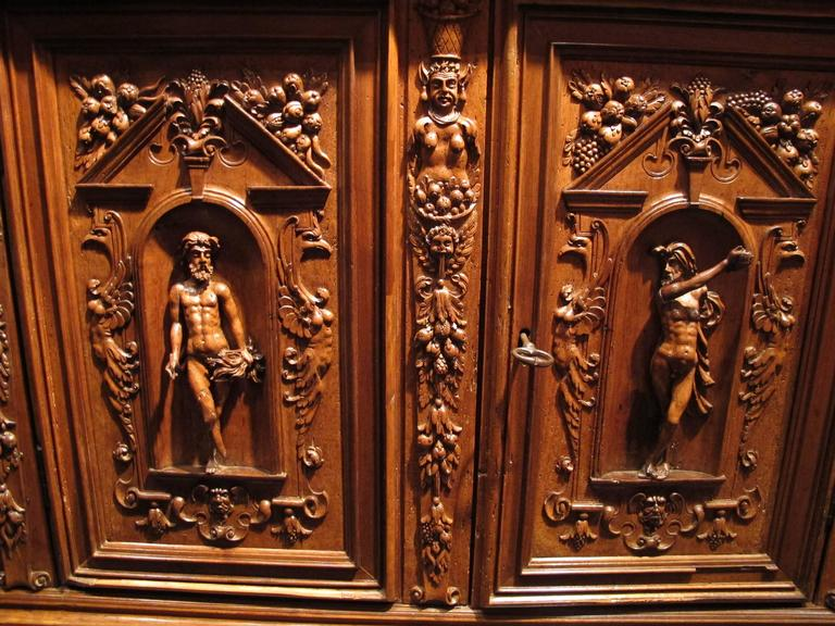 French Renaissance Cabinet For Sale At 1stdibs