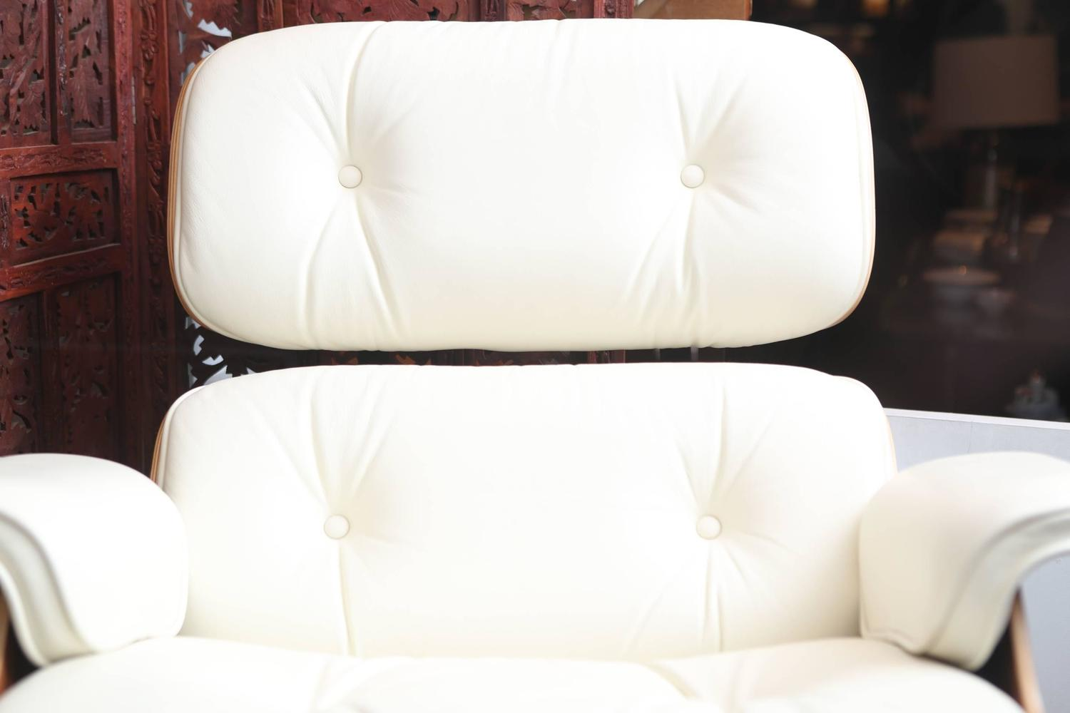 35  Unique Eames Lounge Chair and Ottoman