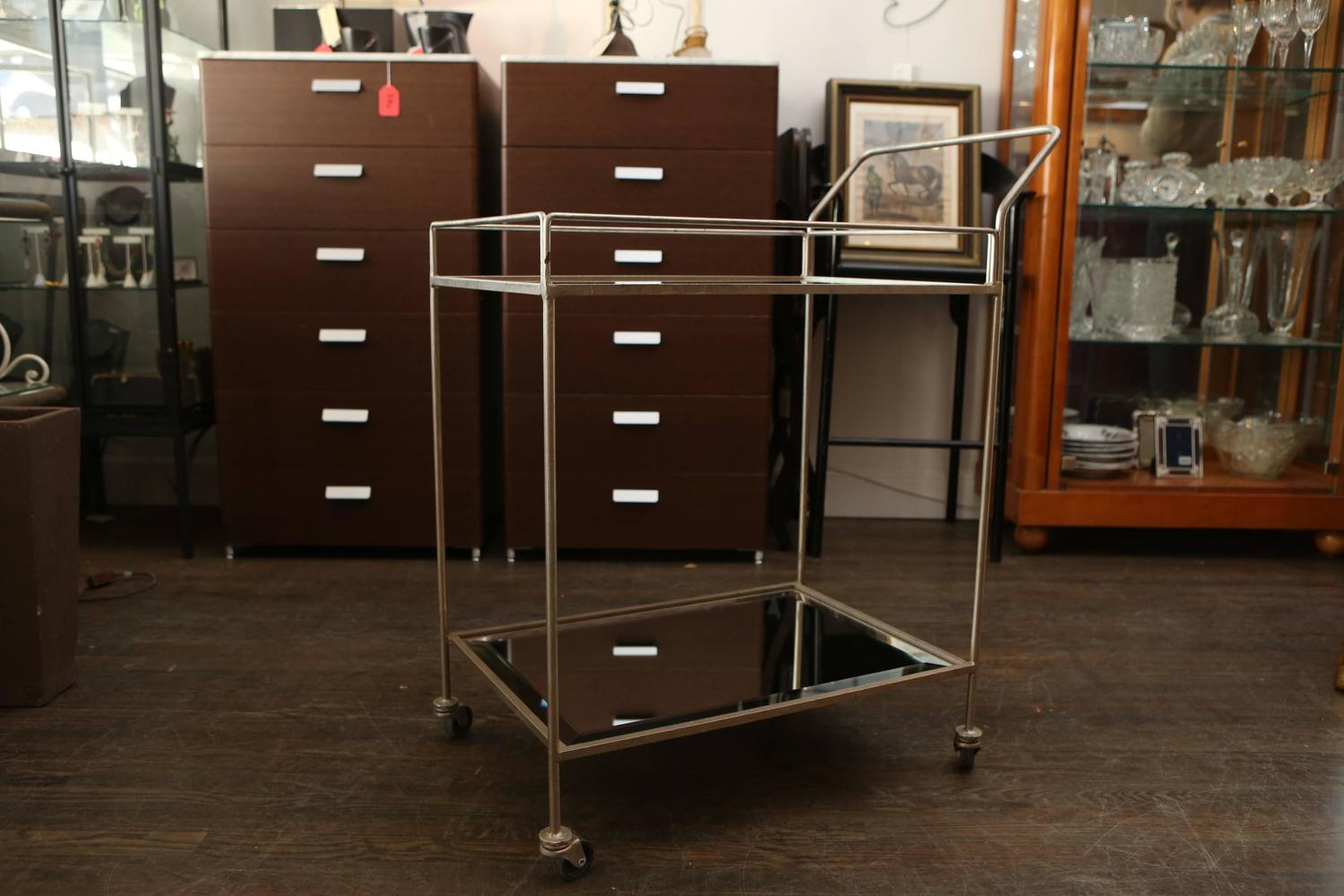 Mid Century Mirrored Bar Cart For Sale at 1stdibs : 4W7A1708z from www.1stdibs.com size 1500 x 1000 jpeg 123kB