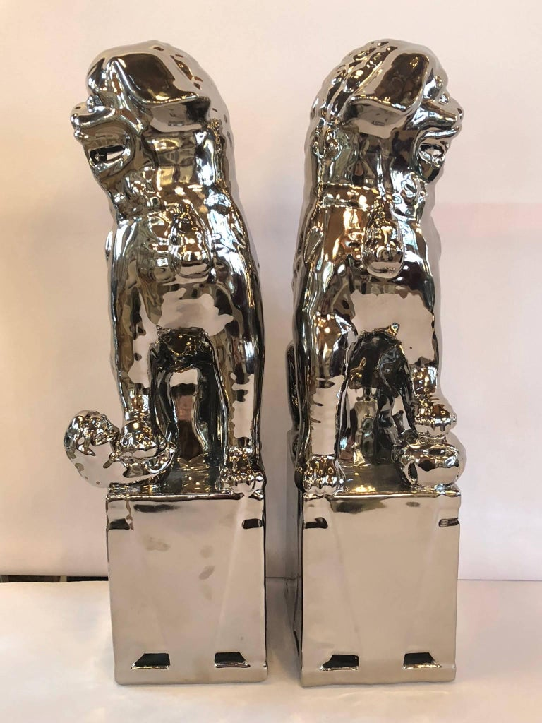 Pair of Silver Foo Dogs In Excellent Condition For Sale In Bridgehampton, NY