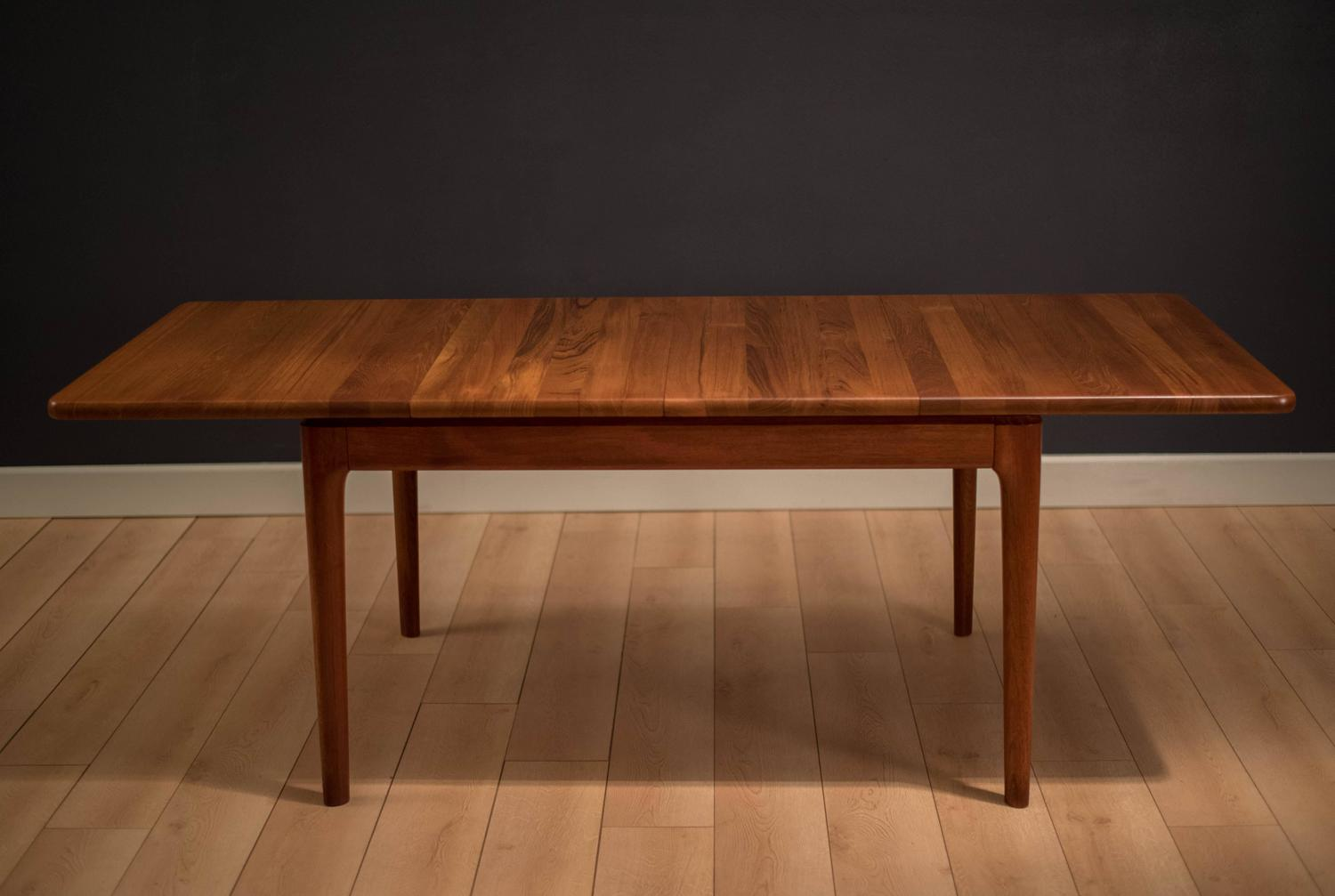 Mid Century Danish Solid Teak Dining Table at 1stdibs : soliddt6z from www.1stdibs.com size 1500 x 1007 jpeg 77kB