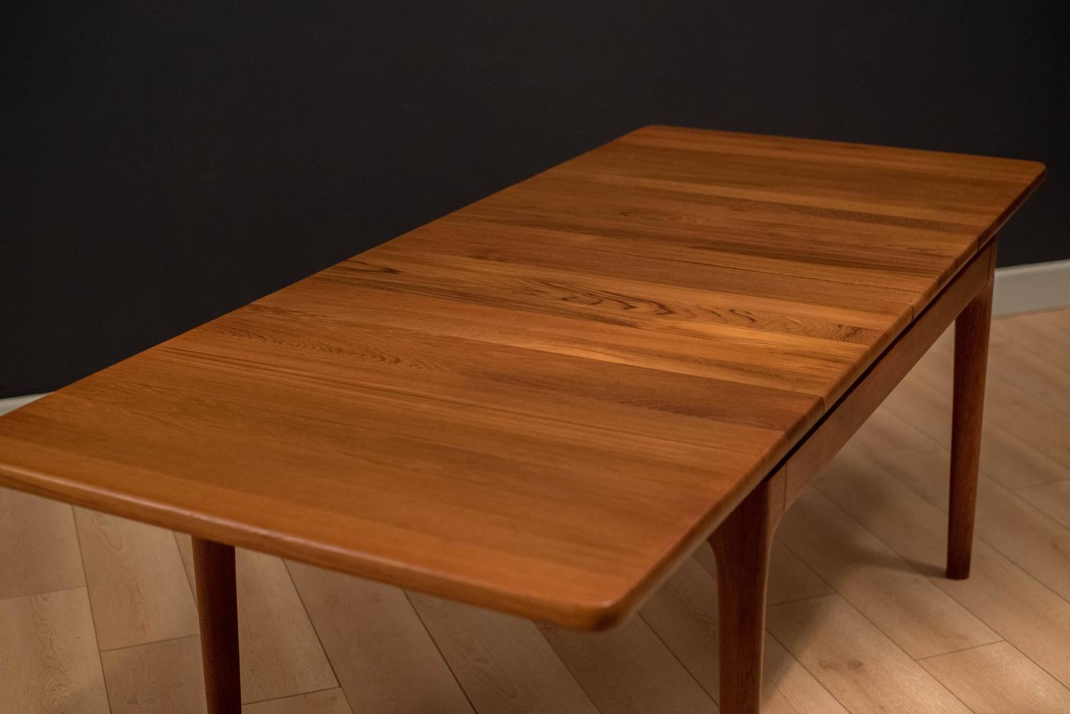 Mid Century Danish Solid Teak Dining Table at 1stdibs : soliddt9z from www.1stdibs.com size 1500 x 1001 jpeg 86kB