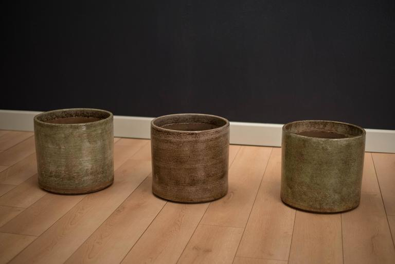 Mid Century Pottery Gainey Planters At 1stdibs
