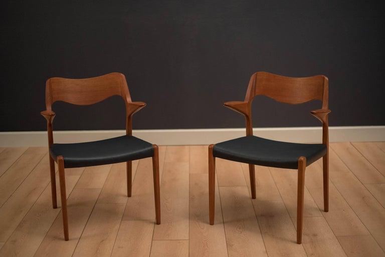Scandinavian Modern Set of Eight Danish Teak Niels Moller Dining Chairs For Sale