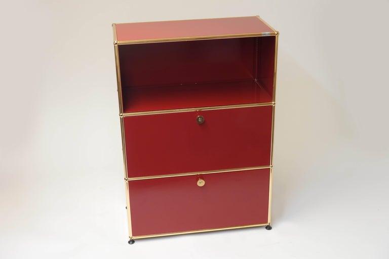 Board sideboard chest of drawers original usm haller for Bureau usm haller