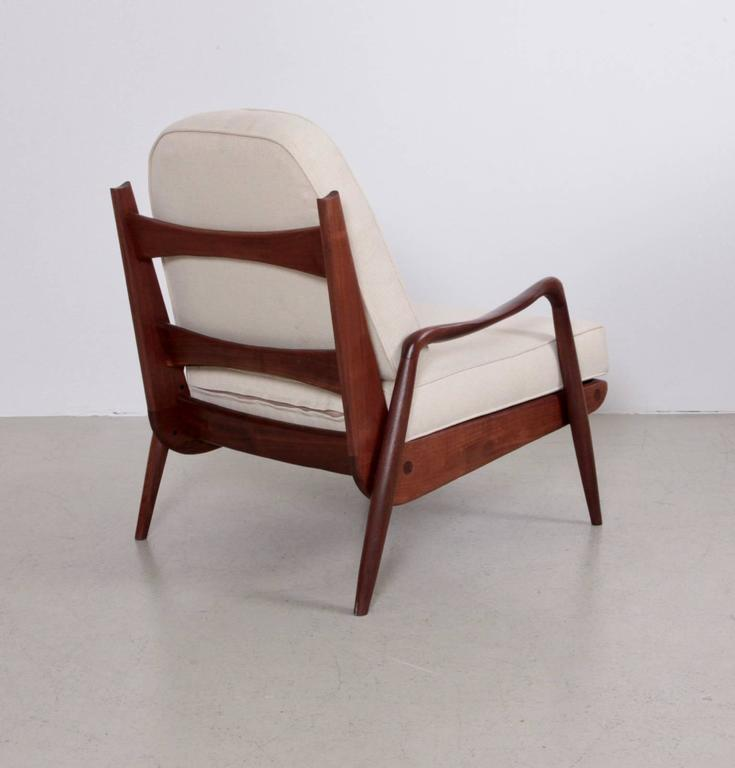 New hope easy chair, in walnut and fabric, by Philip Lloyd Powell, United States, 1960s. Organic shape and excellent condition.