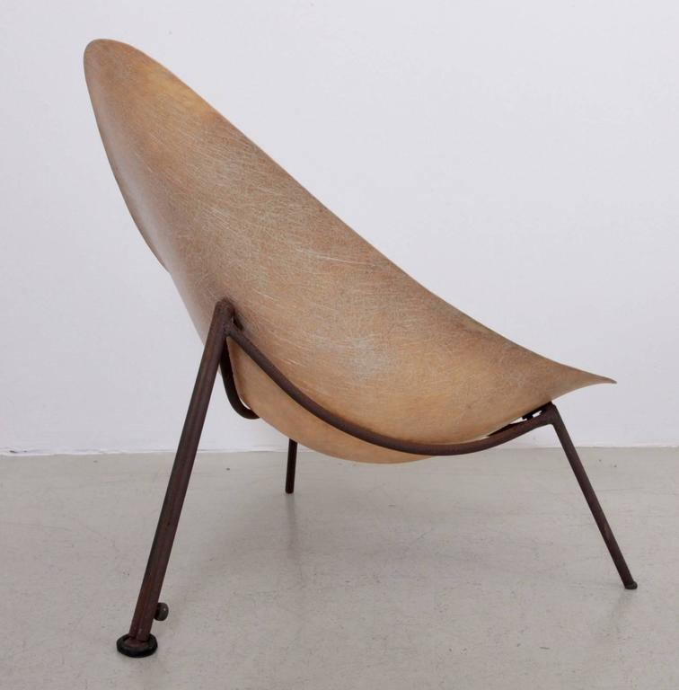 Early French Fiberglass Lounge Chair in Parchment by Ed Merat, France, 1956 5