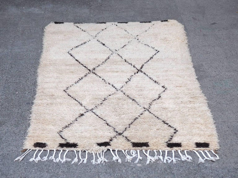 Vintage Beni Ourain Moroccan Rug with Three Column Diamond Pattern 2