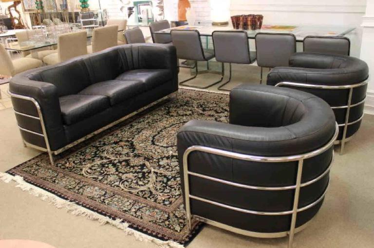 Mid-Century Modern Zanotta 1980s Three-Piece Living Room Suite, Pair of Chairs and Sofa