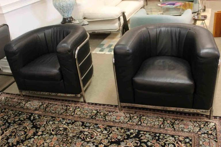 Zanotta 1980s Three-Piece Living Room Suite, Pair of Chairs and Sofa  In Excellent Condition In Keego Harbor, MI