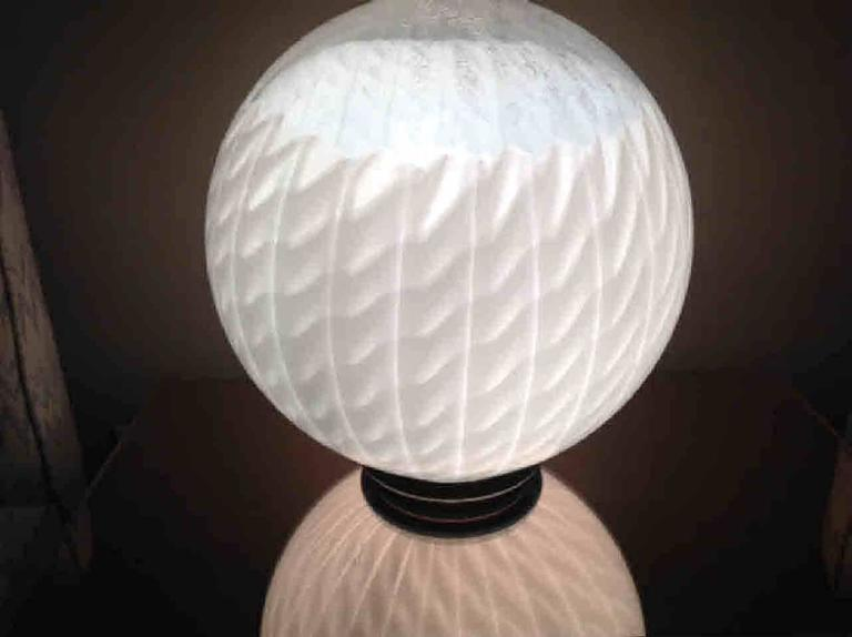Mid-Century Modern Large Murano Circular Table Lamp by VeArt For Sale