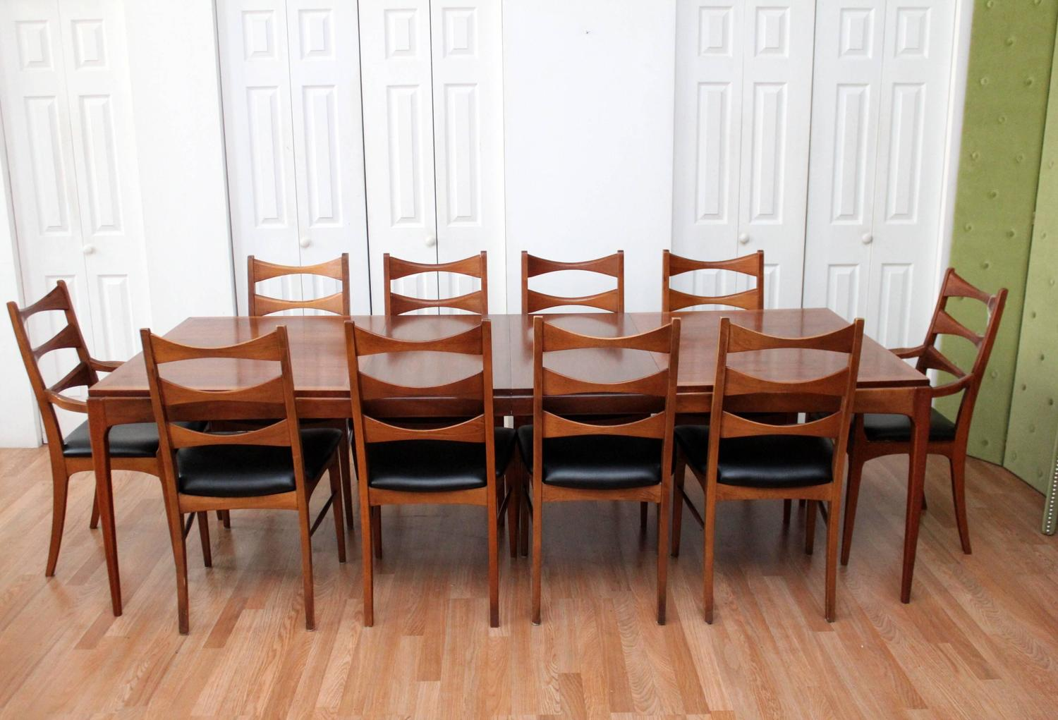 lane walnut dining room table and ten chairs at 1stdibs lane walnut dining room table and ten chairs at 1stdibs