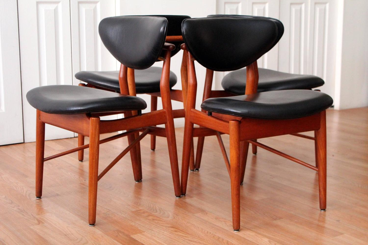 Finn juhl 108 dining chairs for sale at 1stdibs for 108 table seats how many
