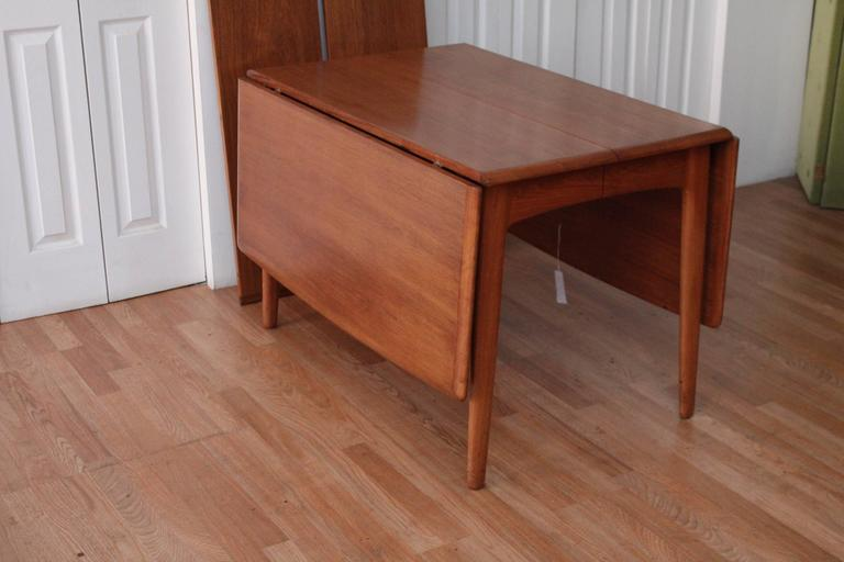 Svend Madsen Teak Drop-Leaf Dining Table In Good Condition For Sale In Chicago, IL