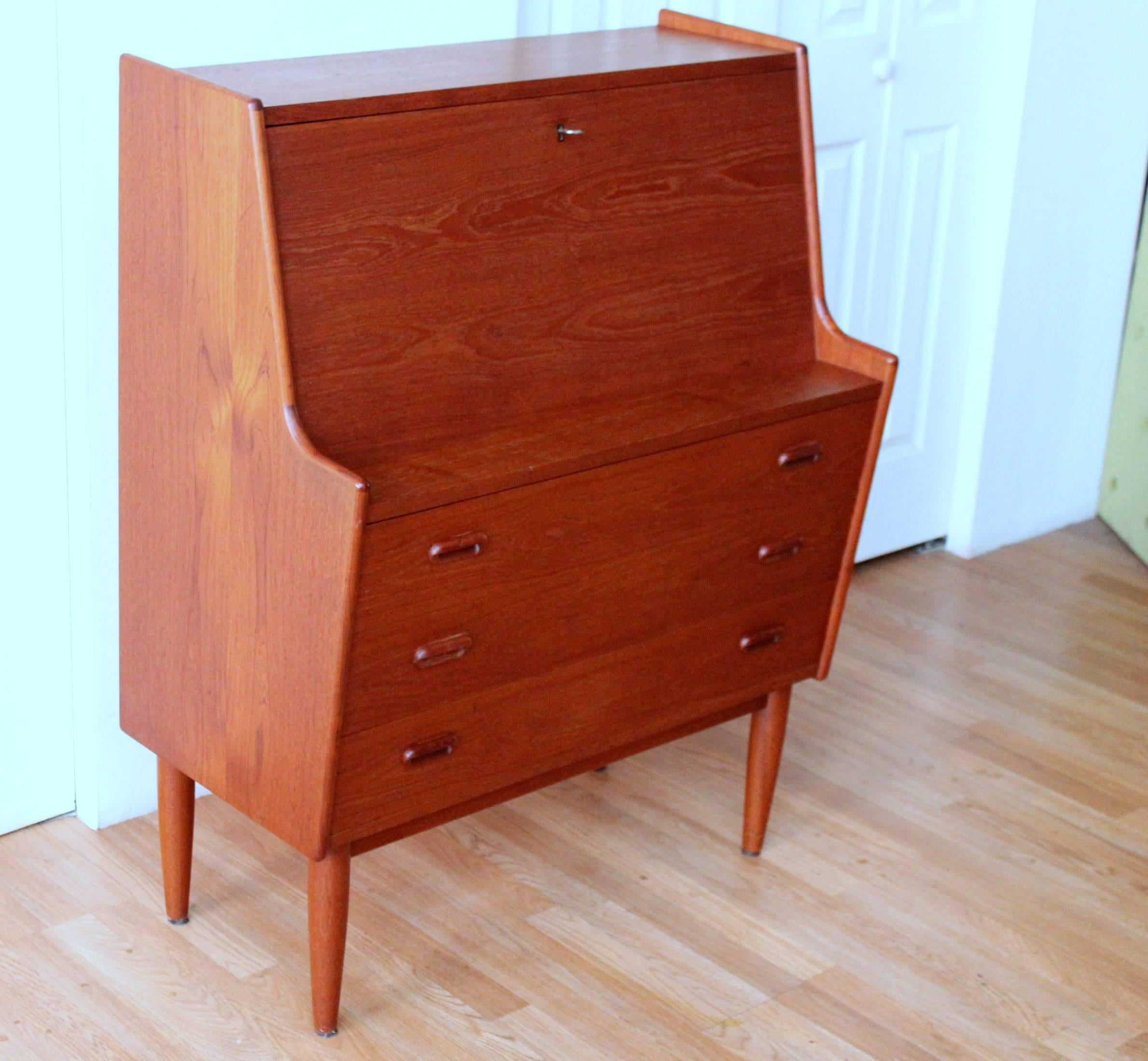 modern products drawers drawer private elm temporarily executive with unavailable desk west