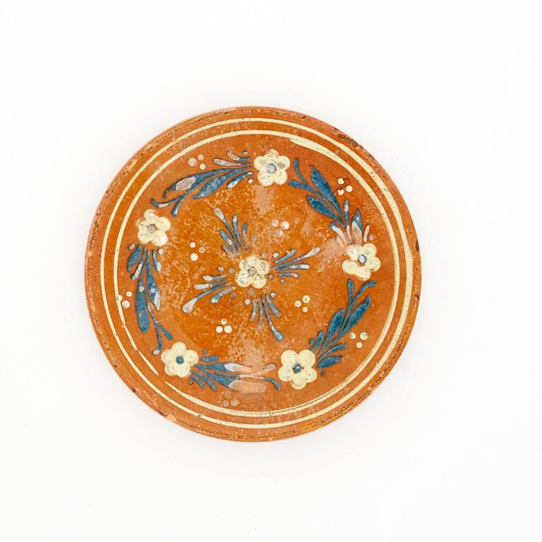 20th Century Set of Four Glazed and Hand-Painted Terracotta Serving Plates, Sweden and Italy