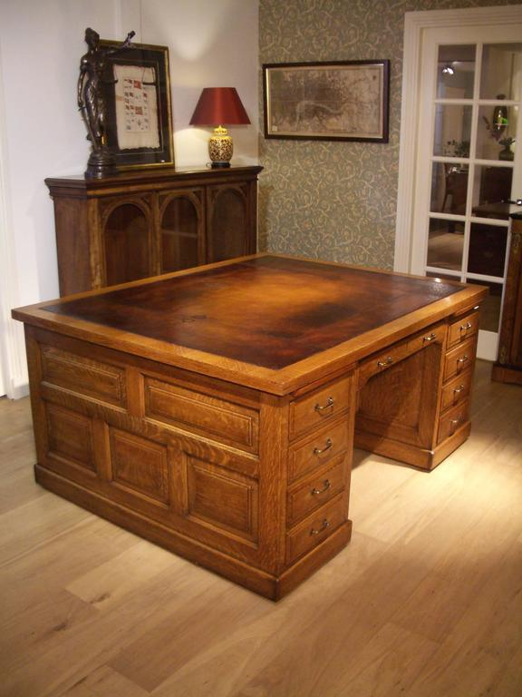 Oak 18 Drawer Partners Desk In