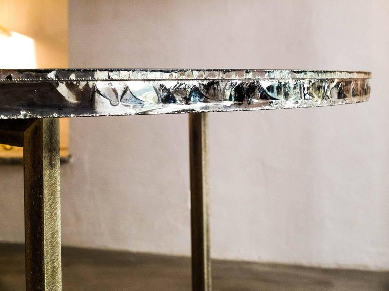 Polished Flight dining room table brass legs diamond cut double glass top silvered  For Sale