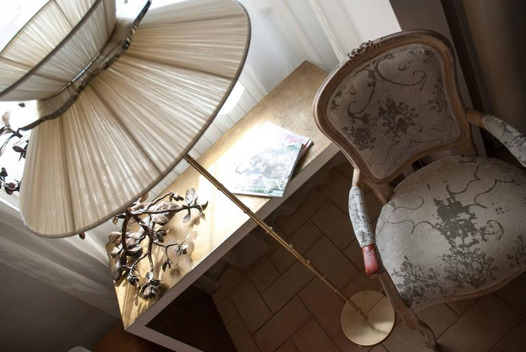 Daisy floor lamp h. 164x 60 dimater sun silk shade silvered glass mat brass 5